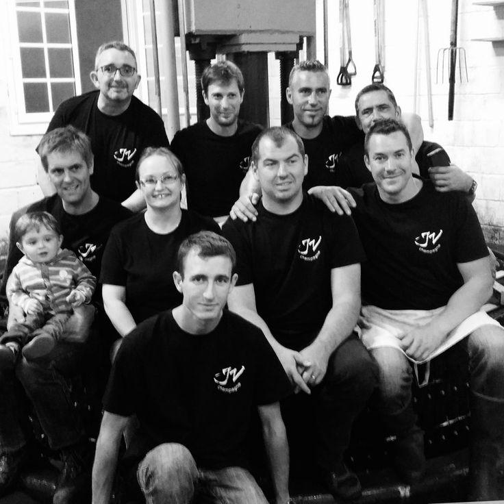 #Champagne JVignier - voici l'équipe du pressoir! Bravo à tous! @ChampJVignier