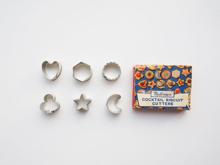 Nutbrown Cookie Cutters. Set of 6 cocktail biscuit cookie cutters. http://www.nutbrownkitchen.com/#home