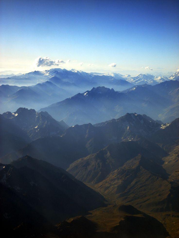 Cordillera de Los Andes. Cruzando de Chile a Argentina.