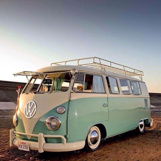 16 der schönsten Volkswagen Kombis zum 70-jährigen Jubiläum des berühmten Fa… #Abenteuer