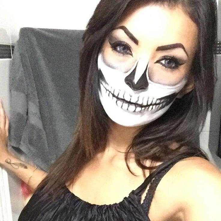 Halloween make-up by Yensi.