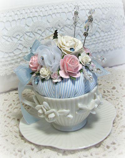 Petite tea cup pincushion pincushion roses handmade for Petite cuisine shabby chic