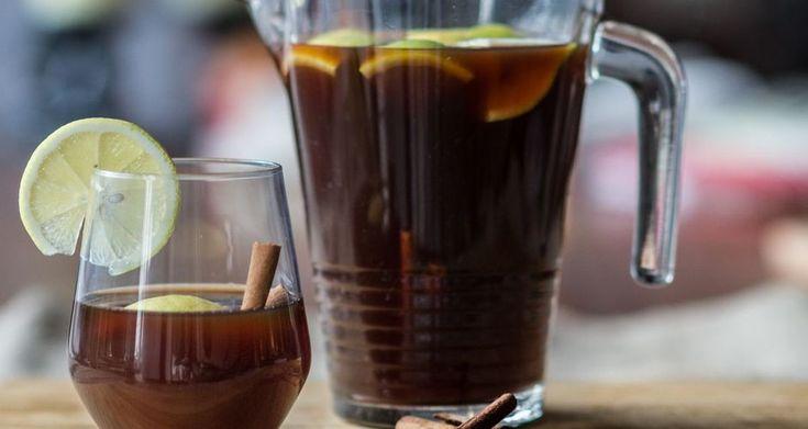 Ποτό με μαυροδάφνη και μαύρη μπύρα
