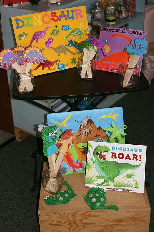 Nancy Nolan's Kindergarten: Dinosaurs