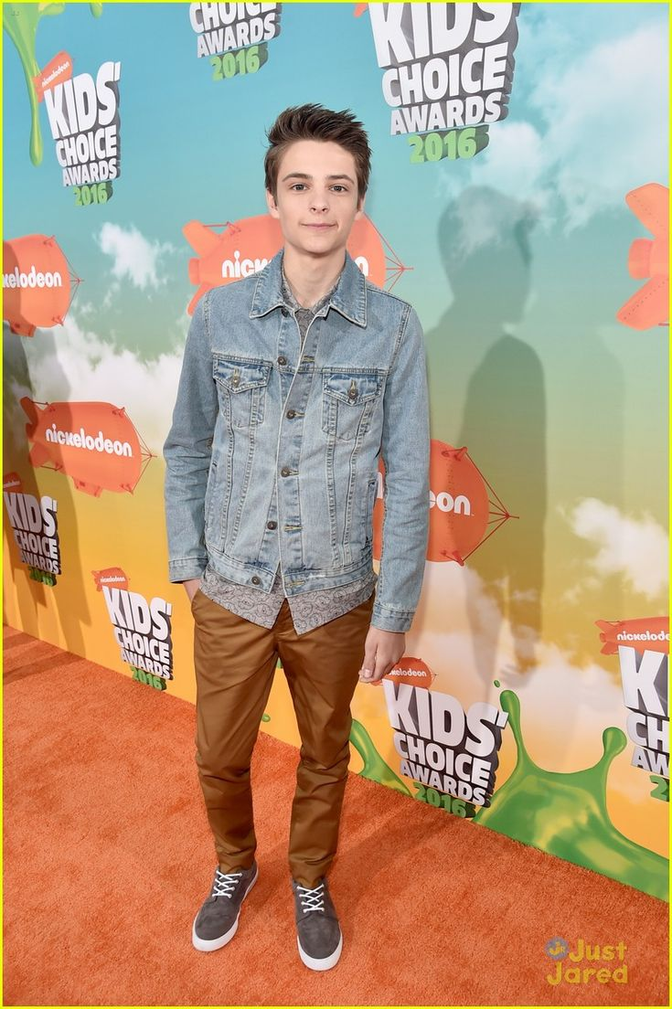 Corey Fogelmanis at the Kids Choice Awards 2015
