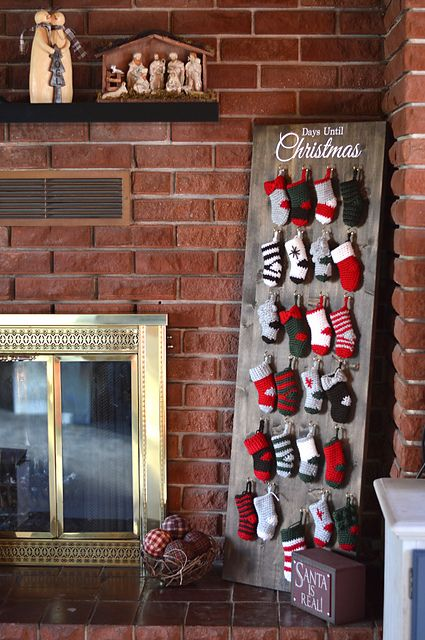 Ravelry: Mini Stocking Advent Calendar CAL pattern by Bethany Dearden