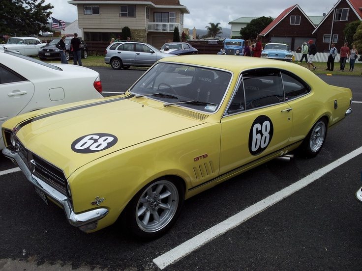 A beautiful Norm Beachey Monaro. Looks as good as it did at Bathurst way back when.