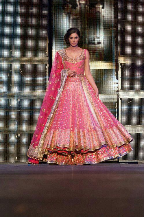 pink indian/pakistani bridal outfil Just wow - Lehenga