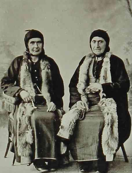 Armenian women Erzurum (Garin) in 1906