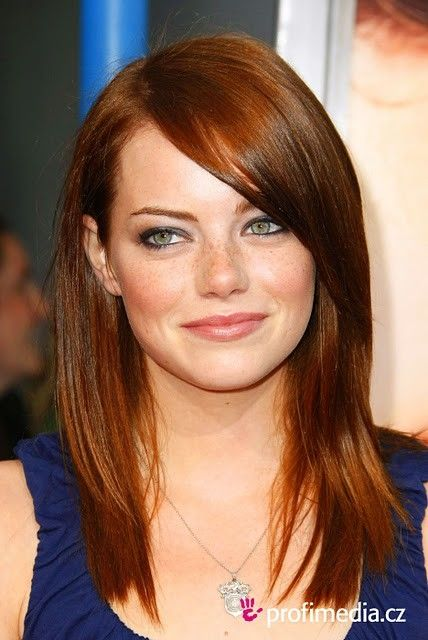Emma Stone with long bangs, love it <3