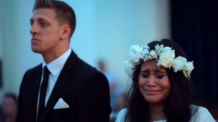 Tradição neozelandesa serve para guerreiros e apresentação surpreendeu a noiva; vídeo foi visto por milhões