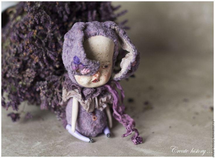 """Купить """"Кармашечный"""" друг ... Авторский зайка в кармашек. - фиолетовый, лавандовый, печальный, зайка, заяц"""