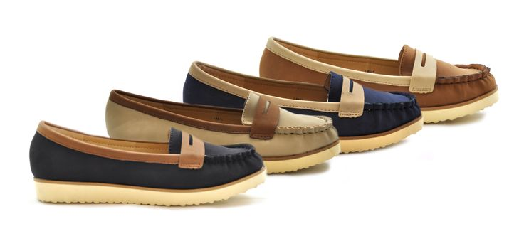Boat shoes are just cool...take your pick, slip them on and be on your way! Only £9.99 - http://www.shoesdays.co.uk/collections/ladies-womens-flat-shoes-loafers