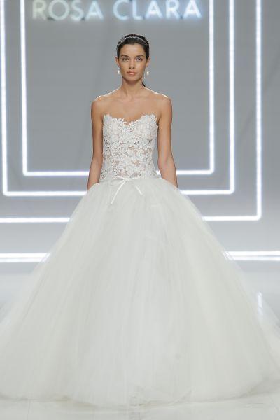Vestidos de novia escote corazón 2017: 30 magníficos diseños que te harán soñar Image: 29
