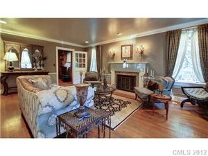 Grey Living Room Low Ceilings....2109589, 4 Beds, 4 Baths Part 70