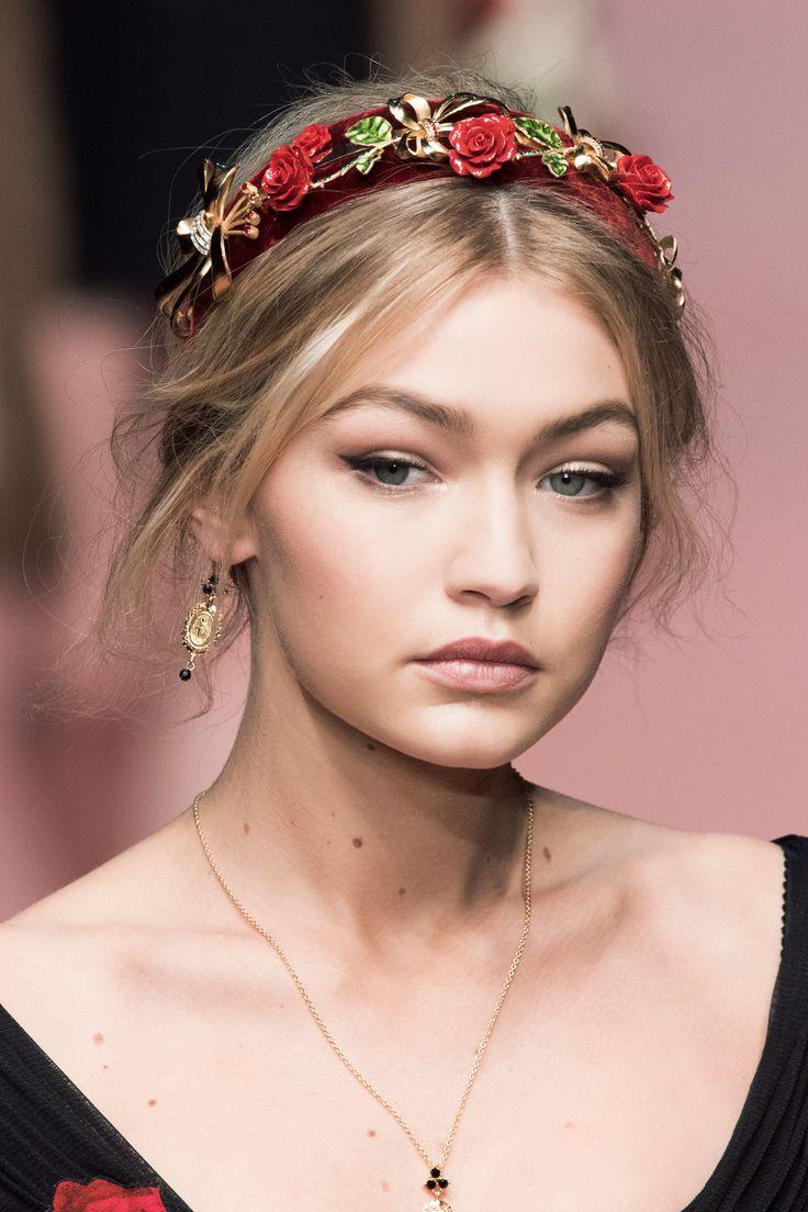 Dolce & Gabbana, backstage sfilata autunno-inverno 2015-2016. -cosmopolitan.it