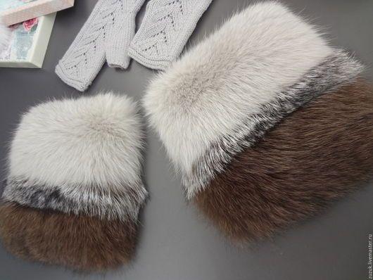 Накладные меховые карманы. Выполню по вашим пожеланиям из различных видов меха. Очень модно и эффектно! Добавит шика любому пальто или куртке. Так же вы сможете заказать шикарную опушку или воротничок