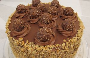 Ferrero Rocher Nutella Dream Cake -YUM!!! #cake #recipe #sweets