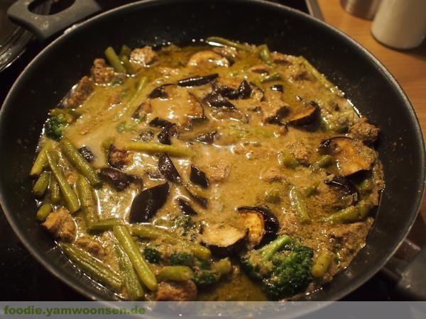Grünes Thai Curry mit Kalbsfleisch