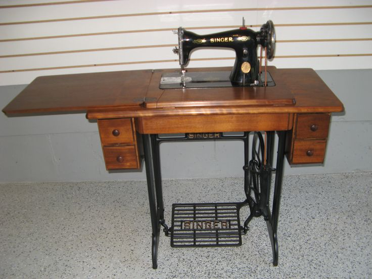 Early 1900s Singer Quot Black Amp Gold Quot Treadle Sewing Machine