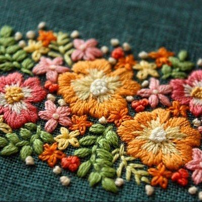 Colorful flowers . #刺繍 #手刺繍 #embroidery #花の刺繍 #Flower #カラフル#colorful