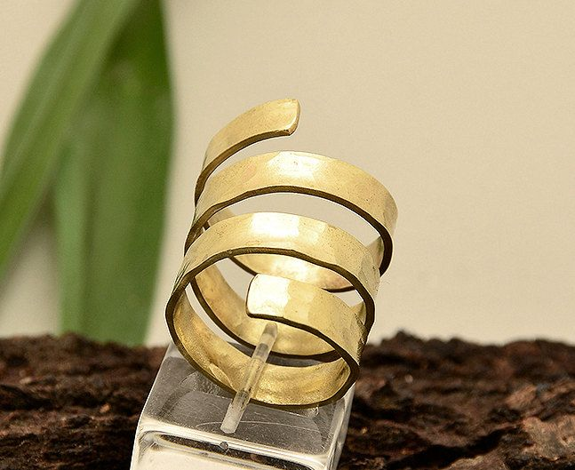 Long index ring, spiral hammered ring, plain gold ring,triple brass ring, wrap around band,middle finger ring, women jewelry, Christmas gift by ColorLatinoJewelry on Etsy