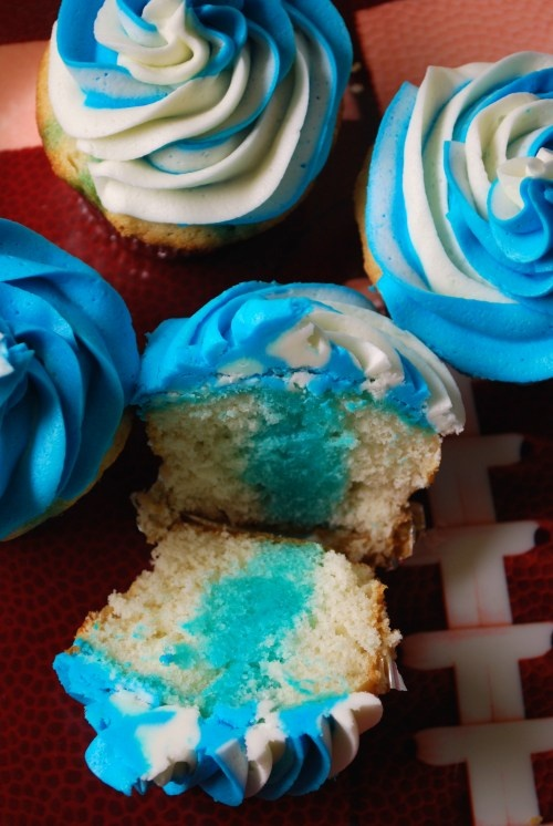 """""""I Bleed Blue"""" cupcakes"""