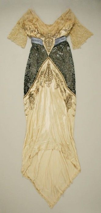 Evening gown c. 1914