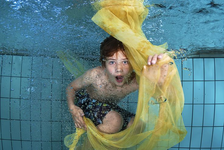 #kinderfotografie #onderwaterfotografie deze jongen mooi verrast met een prachtige #onderwaterfoto