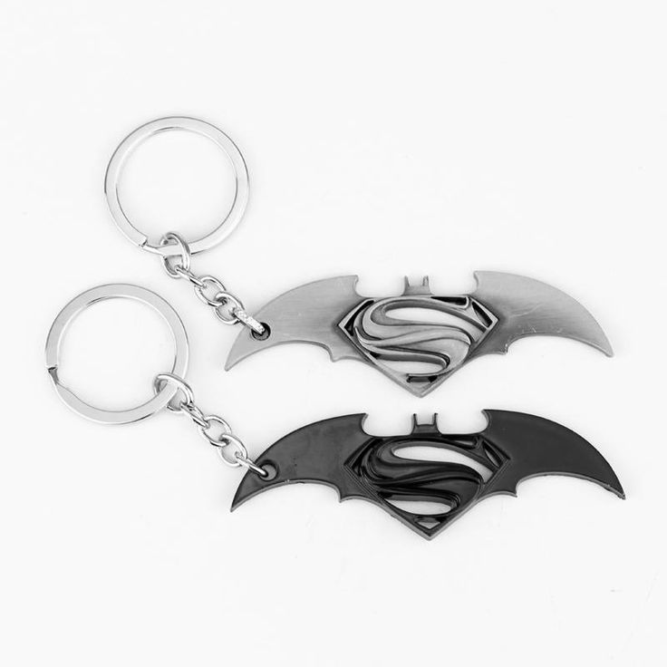 The Movie Avengers Superman Batman Keychain Alloy Pendant Keyring Super Heros Mens Gifts Key Chain ring for car souvenirs