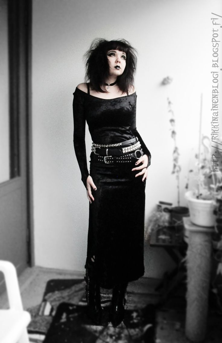 Trad goth style