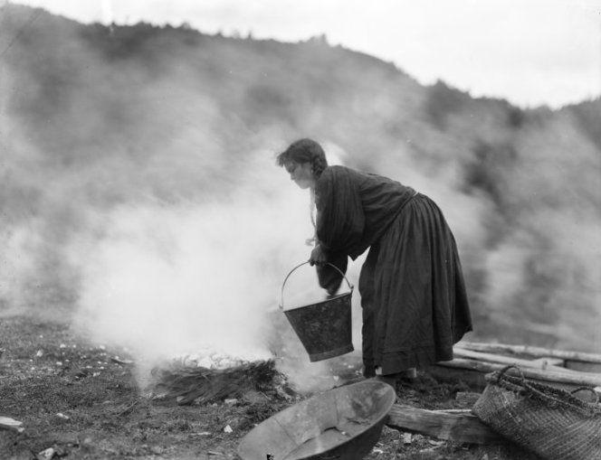 Unidentified Maori woman preparing food 1905