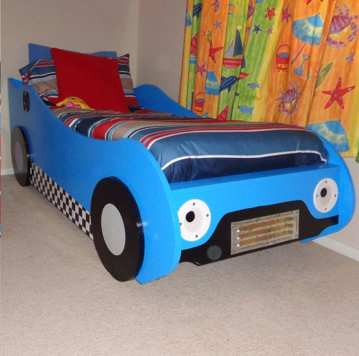 Kids' racing car bed made out of wood