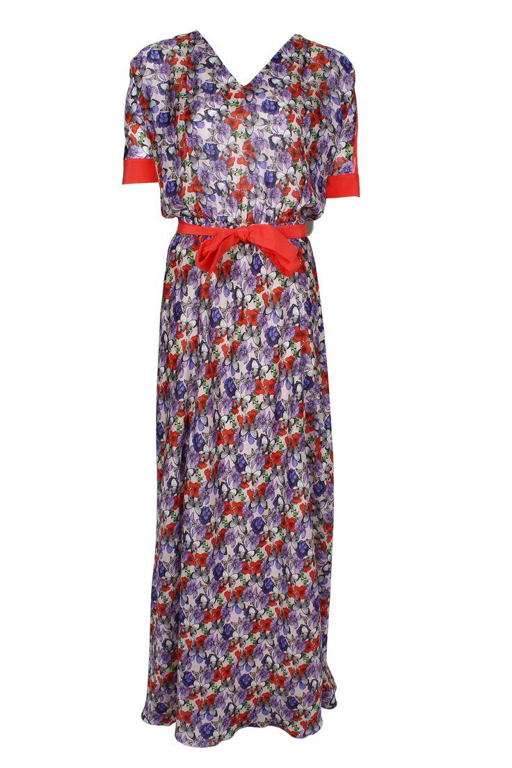 #whoswho #greenbird #abudhabi #abudhabistyle #abudhabifashion #dubai #dubaistyle #dubaifashion #marinamall #womenswear #casualwear #spring2014 #summer2014 #springsummer2014 #ss14 #dress #maxidress #ribbon #redribbon  #floral #floralprintdress #floraldress