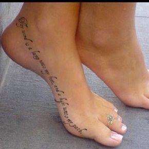 LOS 8 TEMAS MAS POPULARES EN LOS TATUAJES FEMENINOS. Hacemos una lista con los tatuajes que son preferidos por chicas y que están pensados...