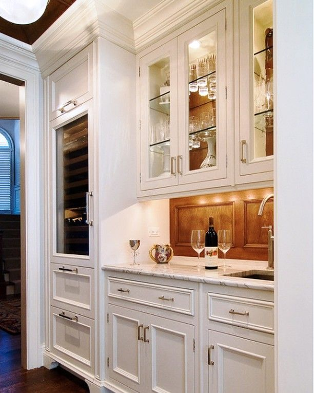 Happy New Year We Wish You All The Best In 2020 If You Are Thinking Of Home Remodeling And Renovations This Contemporary Kitchen Home Kitchens Pantry Design