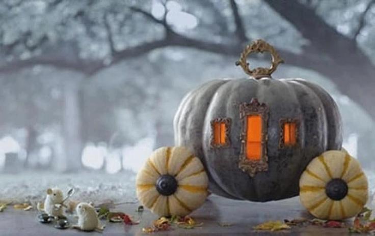 Halloween-Crafts ideas-Pumpkin Coach centerpiece