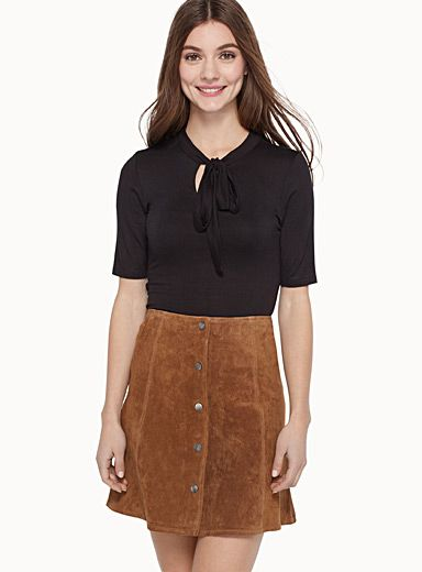 Simons, $29.00 Style: 9162-700395 Exclusively from Twik     Trendy tie design updated in comfortable fine stretch jersey   Fitted style    The model is wearing size small