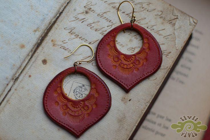 leather peacock earrings ~ livit vivid
