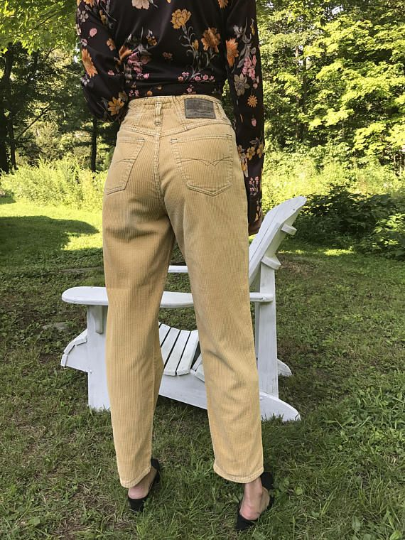 b428f43579    Click on Main Picture to Supersize it     Wide wale camel colored  corduroy trousers Excellent Condition High Waist Tapered legs Union Bay  label 5 pocket ...