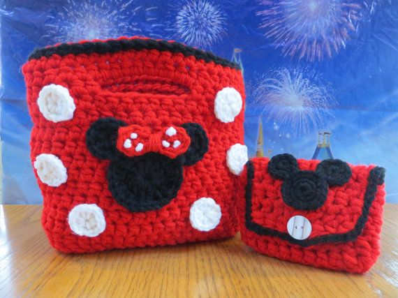 No pattern. Minnie Mouse Purse with a Mickey Mouse Coin by Acrochetaddiction, $32.50