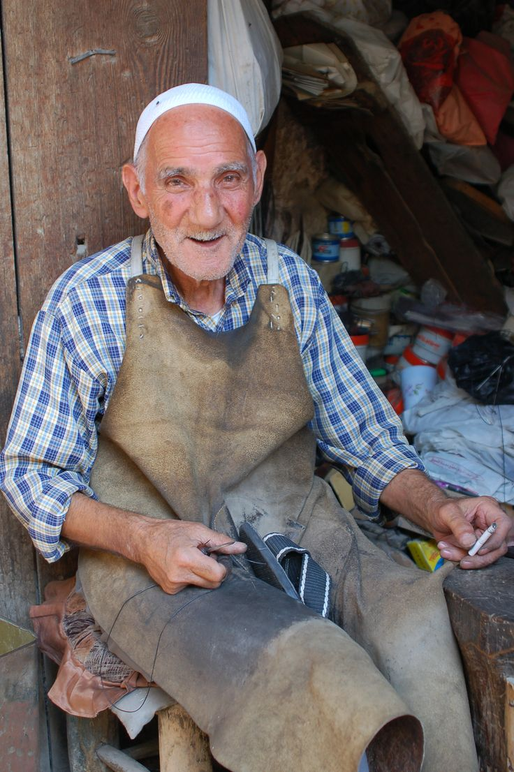 Shoe making. Aleppo, Syria