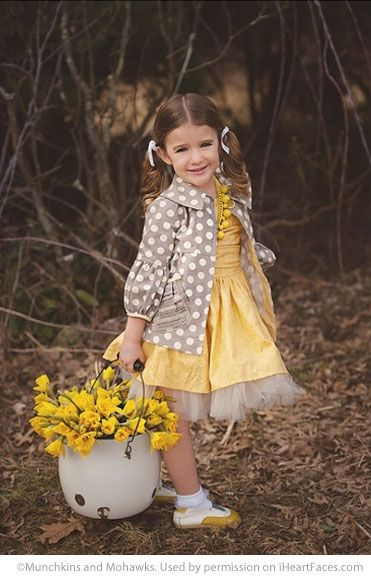 Easter Photo Session Ideas - Children's Portrait Session by Munchkins and Mohawks Photography - Featured on I Heart Faces