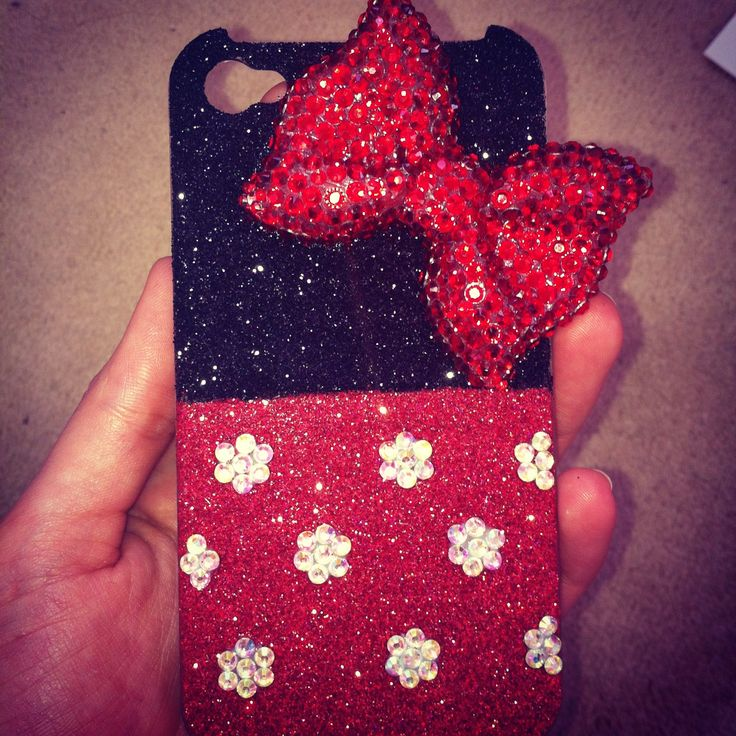 Minnie Mouse style phone case made with glitter and bling :-) #disney #case #diy