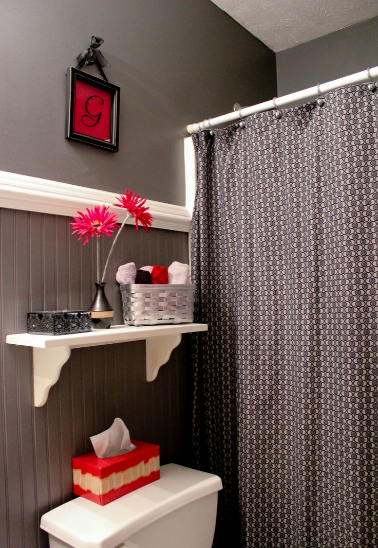 Best 25 Red Bathrooms Ideas On Pinterest Bathroom Wall Colors Small Bathr