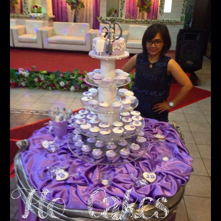 Cupcakes wedding tier