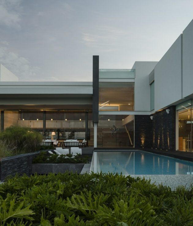 Modern home in mexico architects reims architecture