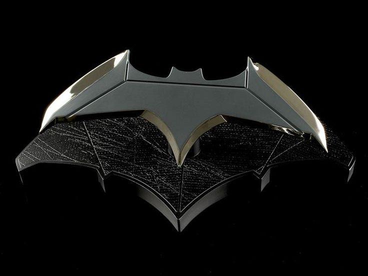 Batman Batarang 1/1 Scale Prop Replica -  Batman v Superman: Dawn of Justice (2016 Movie) Replicas