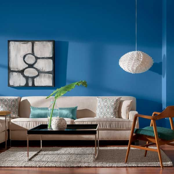 5 Awesome Budget Friendly Accent Wall Ideas: Color Of The Month, August 2014: Bright Cobalt