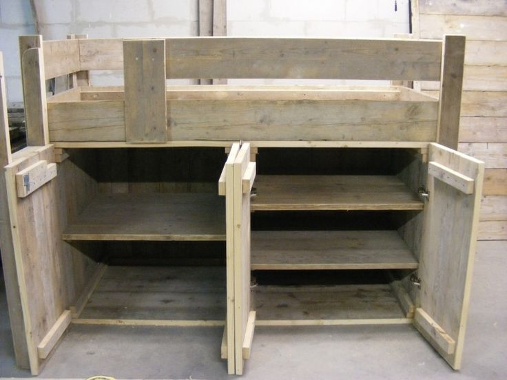 Halfhoogslaper / Kastruimte steigerhout (1290300163HHMK)